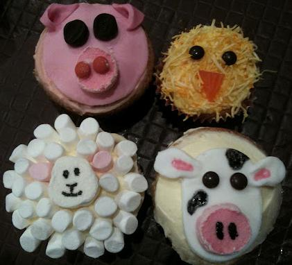 Cupcakes by PANK (the sheep and the chickens)