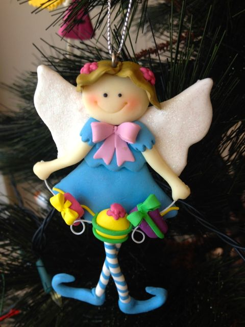 Fly away, spongey faced fairy (who appears to need a comfort break).