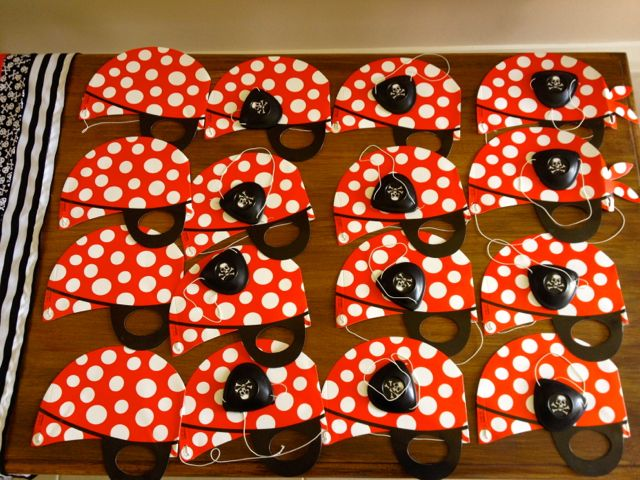 Hats and eye patches for the pirate guests.