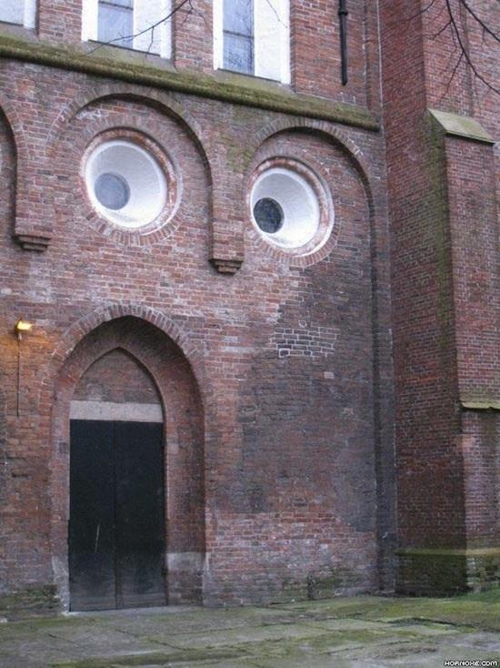 Surprise! [image from Things with Faces Facebook page]